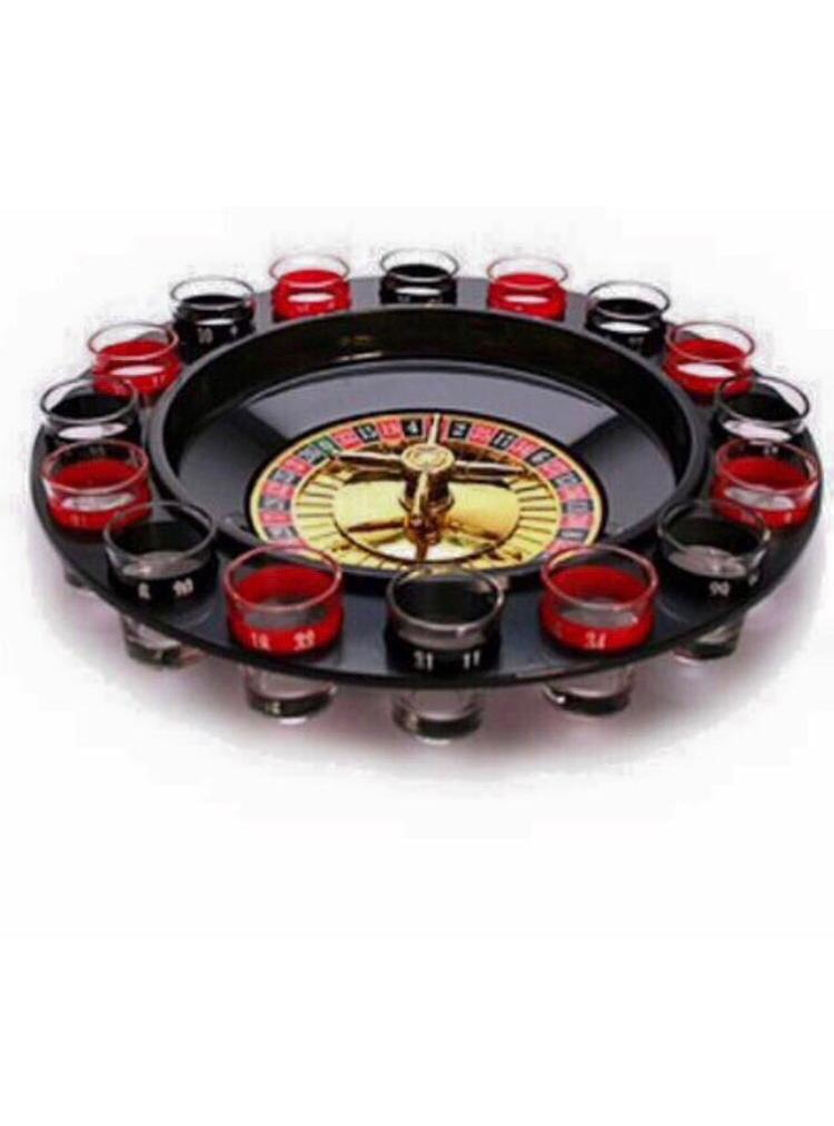 Roulette Set with 16 Shot Glasses