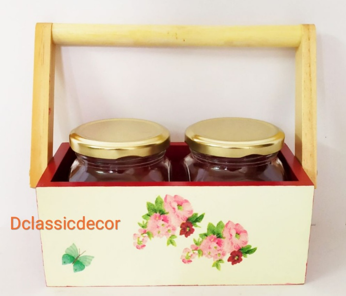 Wooden Caddy with 2 jars